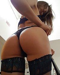 Dominika C Selfies
